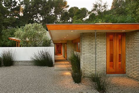 Zillow Home Design Trends by Report Katy Perry Buys Mid Century Modern Home In