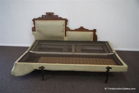 eastlake fainting couch antique c 1890 eastlake fainting couch