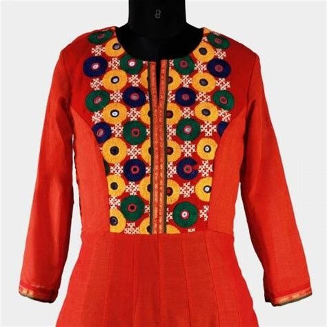 gujrati pattern kurti kutch work embroidery fabric detail pinterest