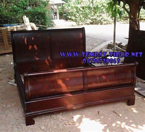 Ranjang Jati No 1 tempat tidur bagong klasik kayu jati ranjang klasik kayu