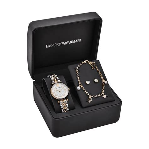 Set For emporio armani and shop pair up to create eid gift