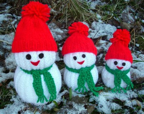 how to knit a snowman pattern wonderful diy jolly knitted snowmen with free patterns