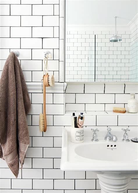 Grout Your Bathroom 26 White Bathroom Tile With Grey Grout Ideas And Pictures