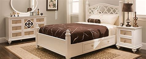 Raymond And Flanigan Bedroom Set by Transitional Bedroom Collection Design Tips