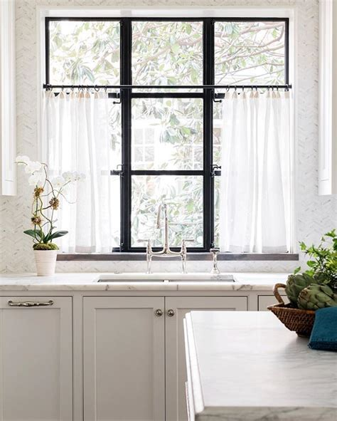 Cafe Curtains Bathroom Window Best 25 Kitchen Window Curtains Ideas On Pinterest Kitchen Curtains Farmhouse Style Kitchen