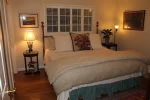 10 By 10 Bedroom Design Small Guest Bedroom Idea Home Decor Ideas
