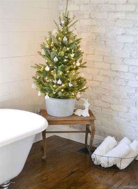decorare bagno come decorare il bagno per natale bagno stile natalizio