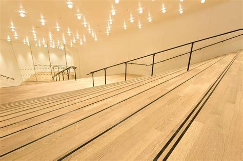 Foyer Treppen by Pressebilder Gro 223 Er Saal Foyer Gro 223 Er Saal Und Dach
