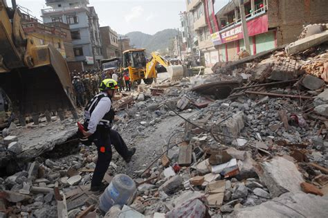 earthquake website another massive earthquake rocks nepal here now