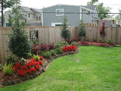 Simple Backyard Landscaping Ideas On A Budget 1000 Images About Backyard On Fence Ideas Privacy Fences And Fence