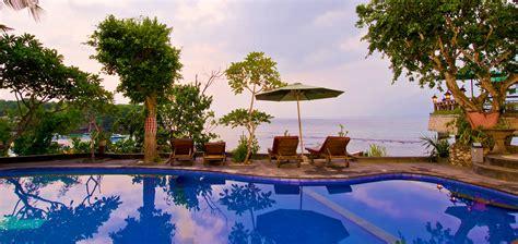 Pasih Kauh Villas Nusa tropical beachfront getaway at lembongan bungalows lembongan