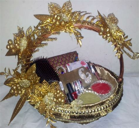 Gift Basket Decoration by 17 Best Images About Trousseau Packing On