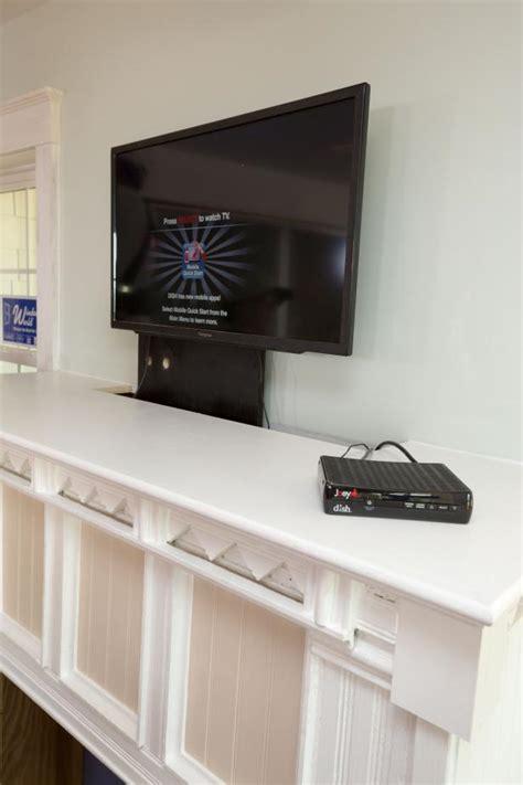 How to Build a Custom TV Lift   how tos   DIY