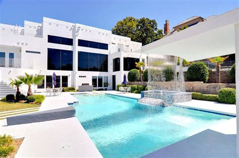 mansions in dallas four bedroom luxurious waterfall mansion in dallas texas freshome com