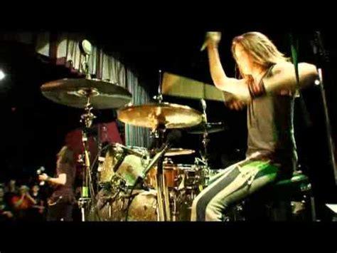 Halestorm Live Room by Halestorm Bet You Wish You Had Me Back Captured In Doovi