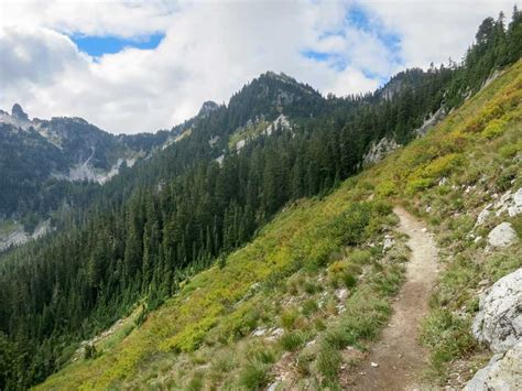 pct section hikes best section hikes of the pct washington halfway anywhere