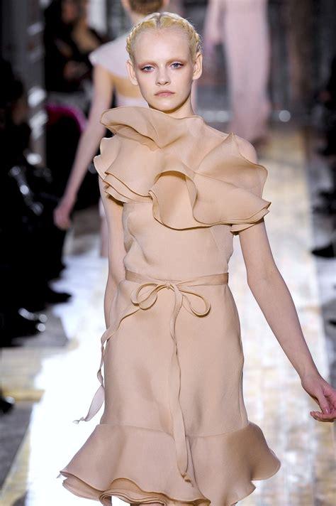 Valentino Phntom 2011 1 valentino at couture 2011 livingly