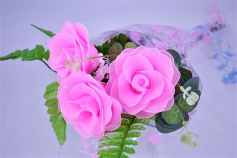 flower expert red and pink roses image nylon flower pink rose bouquet 3 red roses