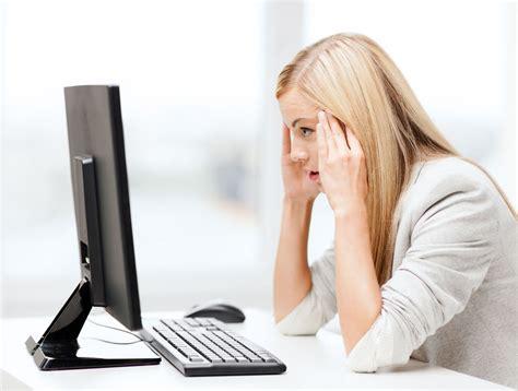 senso di pesantezza alla testa disturbi visivi legati al lavoro al videoterminale