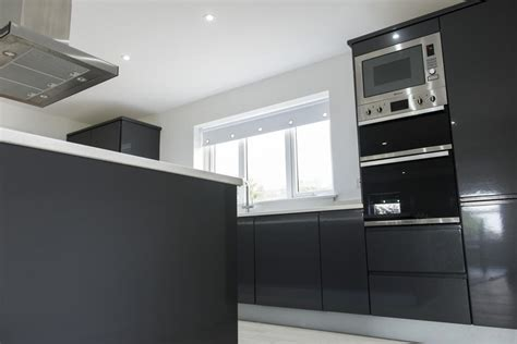 high gloss black parapan kitchen doors emerson living k c r