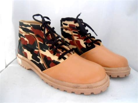 Sepatu Kets 5 11 jual sepatu kets wanita docmart army kanvas sintetis