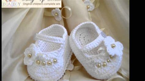 como hacer zapatitos tejidos para bebes youtube zapatitos tejidos a crochet para bebes de 10 meses youtube
