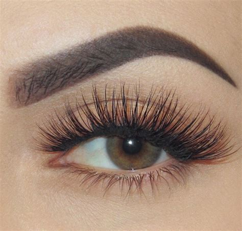 best lashes best 25 eyelashes ideas on