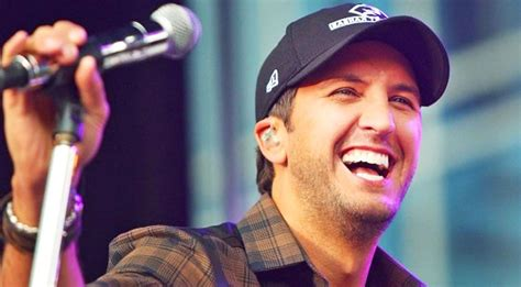 luke bryan questions luke bryan will have you laughing in very first selfie