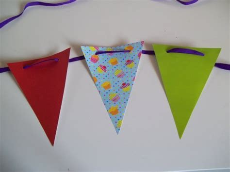 How To Make Bunting With Paper - things to make and do make paper bunting