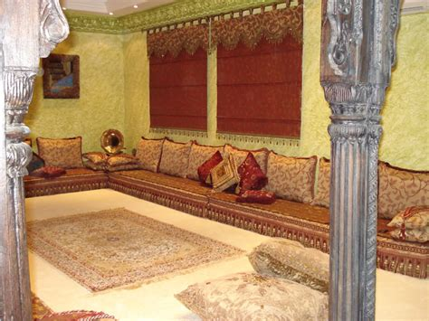 arabic floor couches arabian majilis in dubai across uae call 0566 00 9626