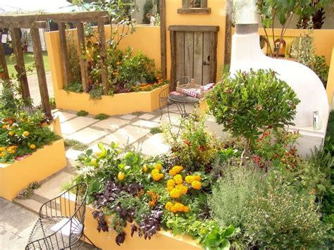 useful mediterranean garden design about small home