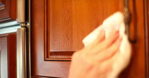 how to get kitchen grease off cabinets 1000 images about good to know on pinterest relay races