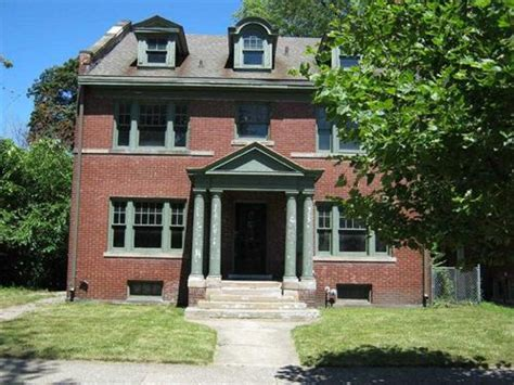 Foreclosed Homes In Detroit 1440 seyburn st detroit michigan 48214 foreclosed home information