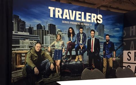 fan expo canada hosts world premiere of travelers