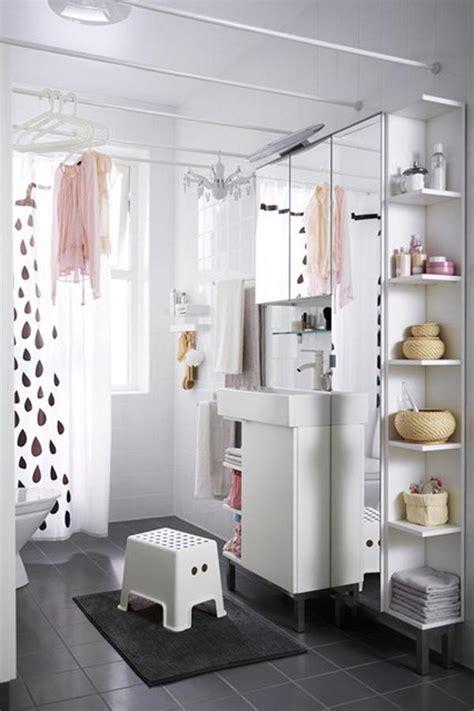 desain kamar mandi pakai shower ide penyimpanan untuk kamar mandi mini