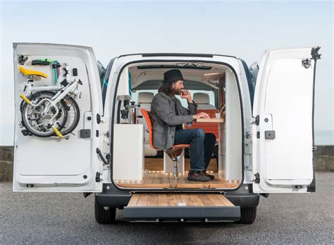nissan nv200 office nissan env200 workspace s electric mobile office