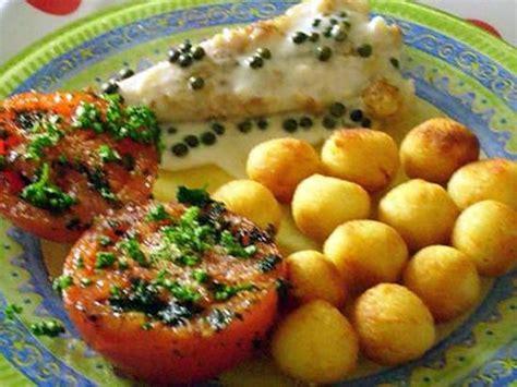 cuisiner queue de lotte au four recette de queue de lotte au poivre vert