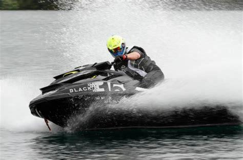 sea doo boats pros and cons black edition 360 el jet ski m 225 s r 225 pido del mundo