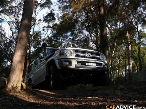 Toyota Landcruiser 76 Series Review 2007 Toyota Landcruiser 76 Series Gxl Wagon Review Caradvice