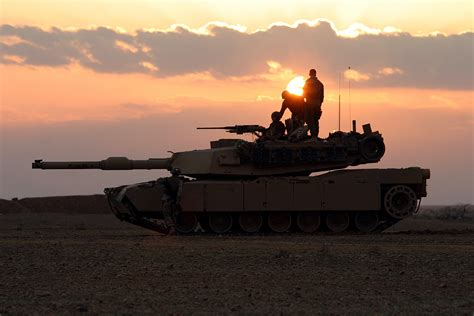 2 In 1 St Navy file us navy 050225 m 5882g 080 u s marines assigned to 1st platoon alpha company 2nd tank