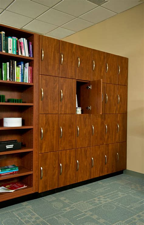 lockers systems storage locker storage company  york nj