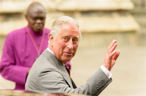 where does prince charles live live kate s in labour get the first glimpse of the royal