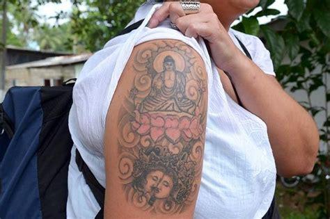 sin of tattoo in islam making his mark keliʻi makua on becoming hawaiʻi s first