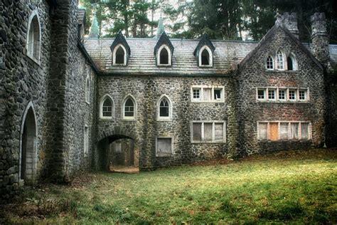 A Place Upstate Ny Upstate New York Abandoned Castle Forgotten In Time Upstate New York New York