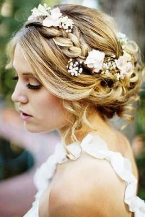 Wedding Hairstyles For Bridesmaids With Medium Length Hair wedding bridesmaid hairstyles for medium length hair