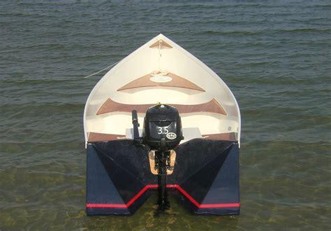 small boat motors design
