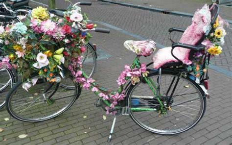 fiets bloemen hema bloemfietsvrouwen versier jij je fiets met bloemen