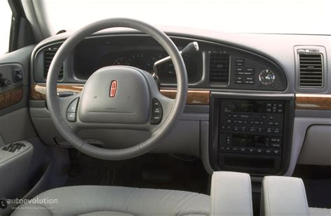 2002 Lincoln Continental Interior by Lincoln Continental Specs 1995 1996 1997 1998 1999