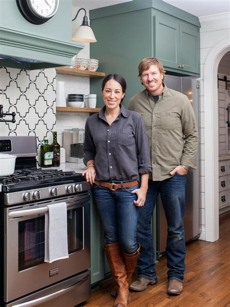 chip joanna gaines container gardening ideas from joanna gaines hgtv s