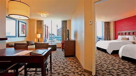 hotel suites in chicago with 2 bedrooms embassy suites by hilton two room suite hotels